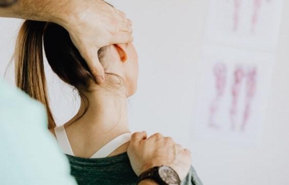 La chaleur est un remède bien connu pour soulager les arthroses au niveau du cou